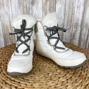 Sorel Whitney Boot Short Lace Waterproof Boots